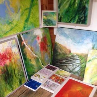 06-kath-wallace-artist-garden-studio-paintings